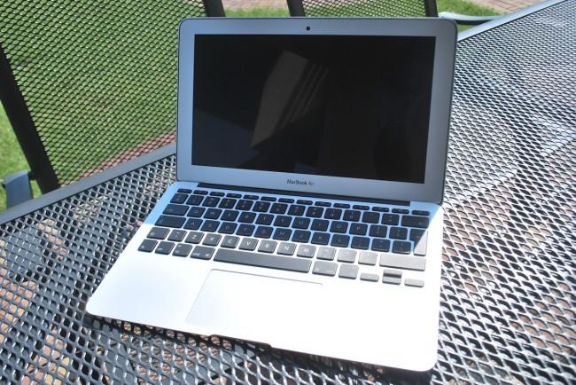 MacBook Air, 11, mid-2013, 9