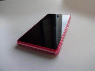 Sony Xperia Z1 Compact (1)