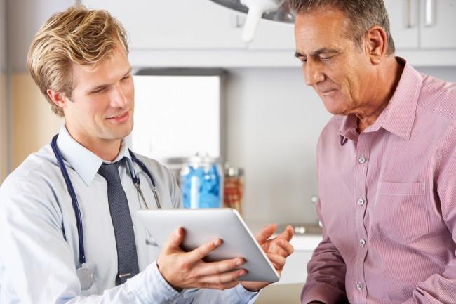 doktor-lekarz-medycyna-tablet