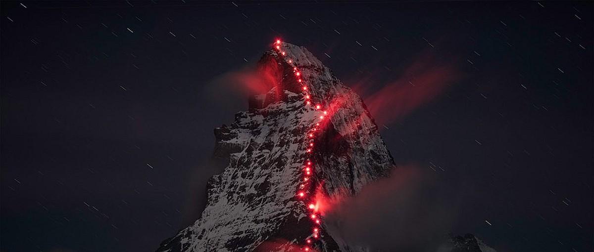 Nieprawdopodobne zdjęcia góry Matterhorn w 150 rocznicę zdobycia szczytu