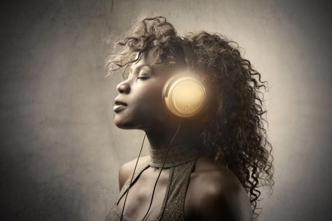 muzyka sluchawki youtube spotify wimp streaming deezer