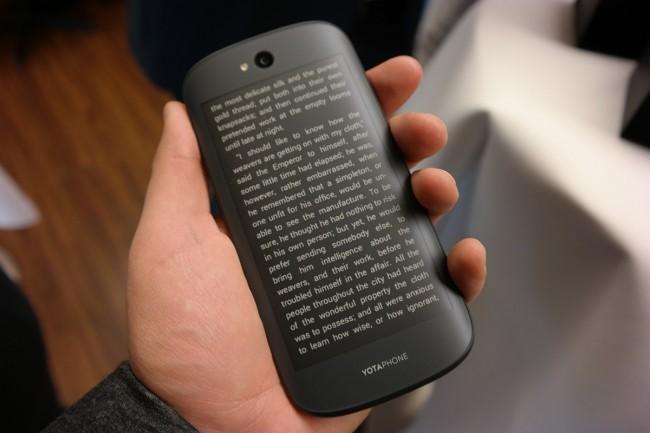 YotaPhone 2 (3)