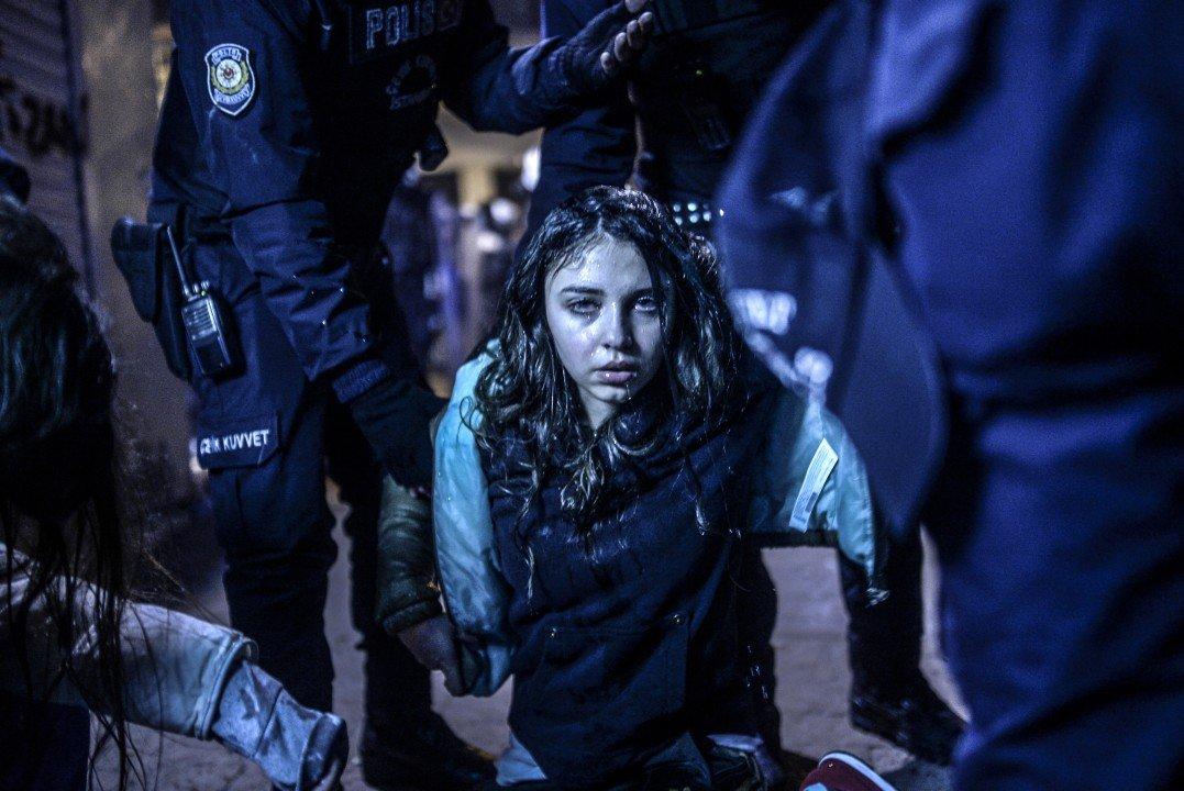 """1 miejsce w kategorii Aktualne wydarzenia, zdjęcie pojedyncze – """"Protest w Stambule"""", fot. Bulent Kilic (Turcja)"""