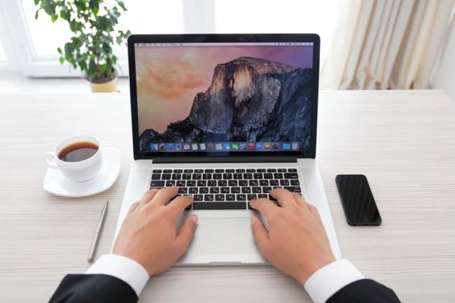 apple-macbook-notebook-komputer