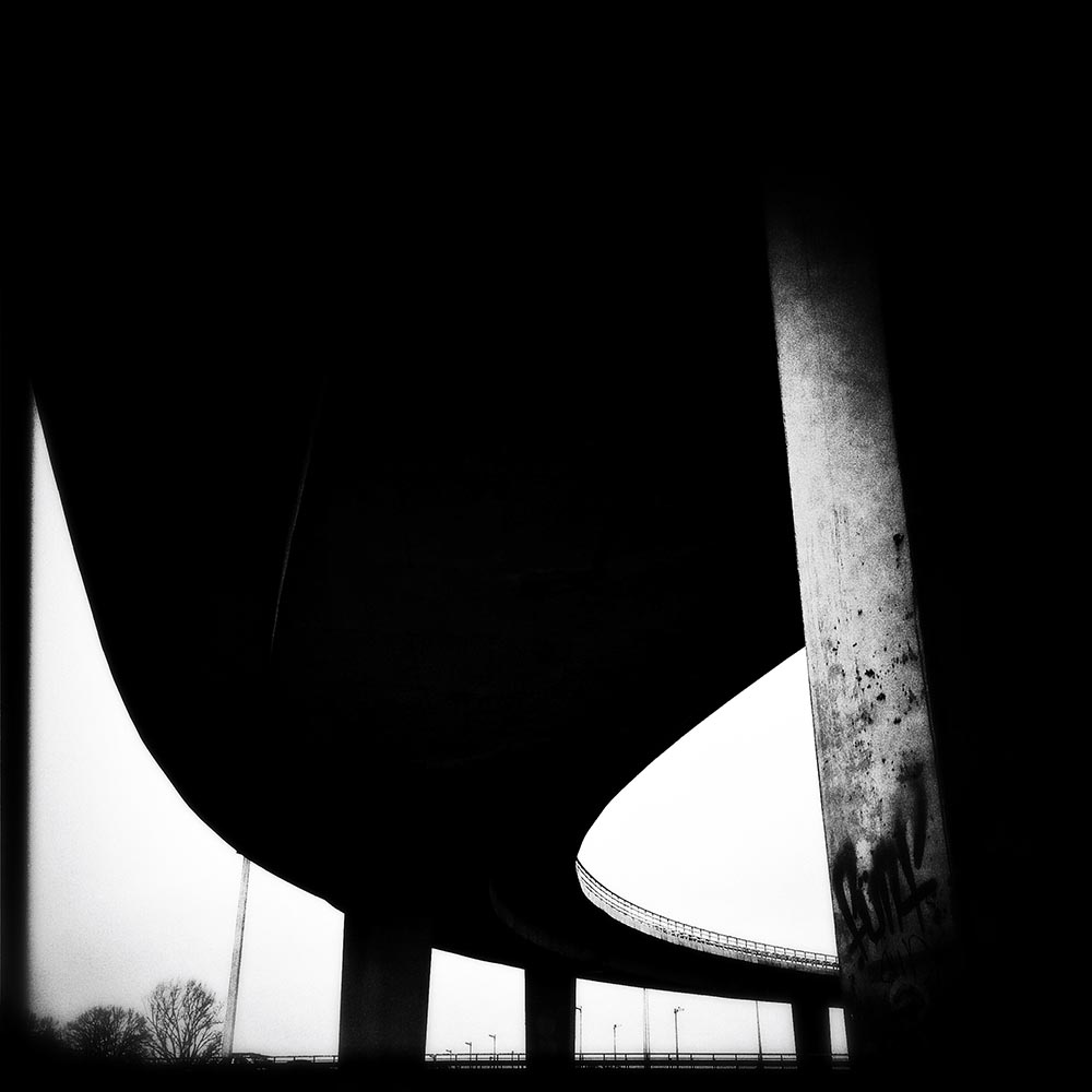 "THE DARKNESS - ""THE LOOP"" - Sasa Prizmic"
