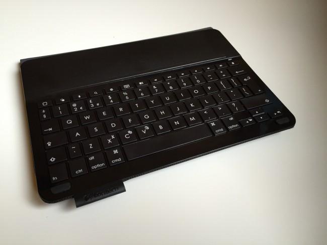logitech-type-keyboard-case-ipad-air-8