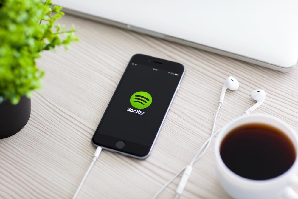 spotify-iphone-streaming-muzyki
