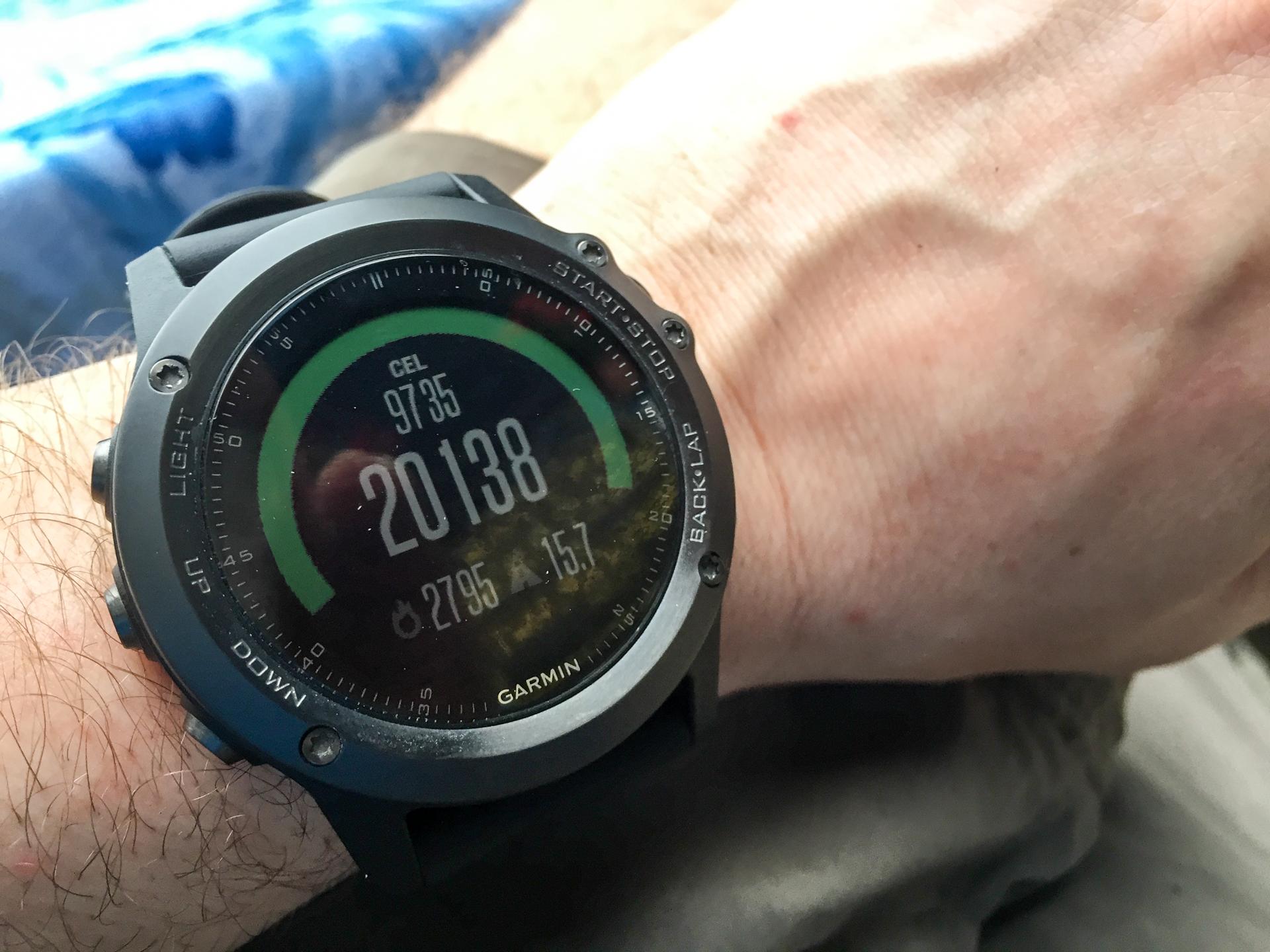 jaki zegarek do biegania suunto