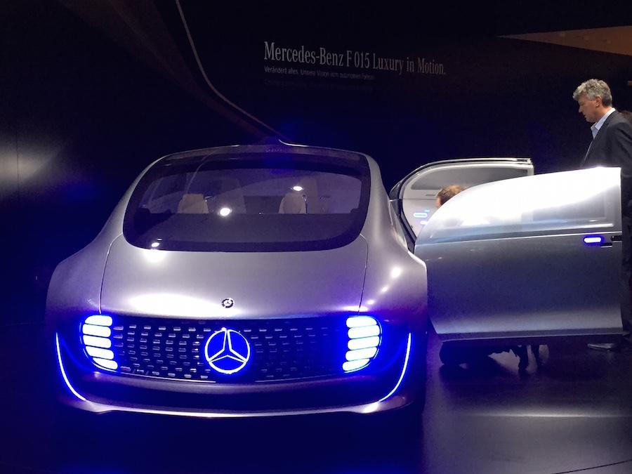 Mercedes F 015, 3