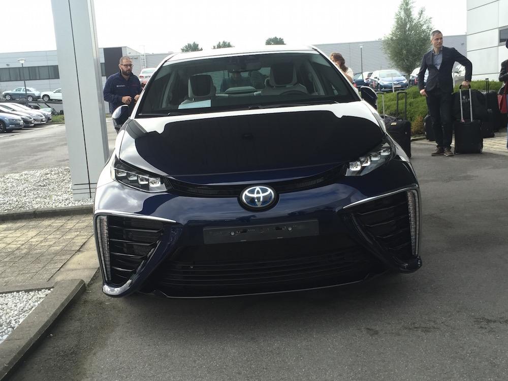 Toyota Mirai, 2