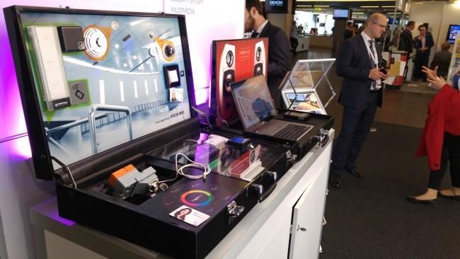 APA Innovative walizka
