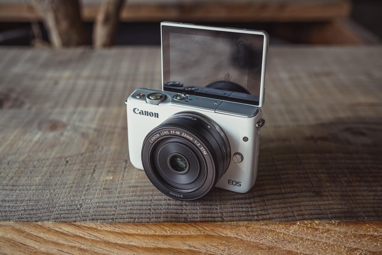 Canon-EOS-M10-004