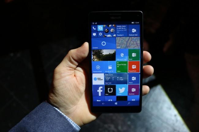 Lumia 950, 3