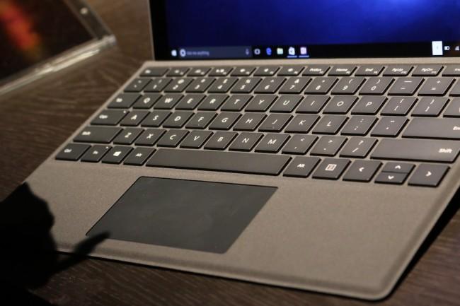 Surface Pro 4, 9