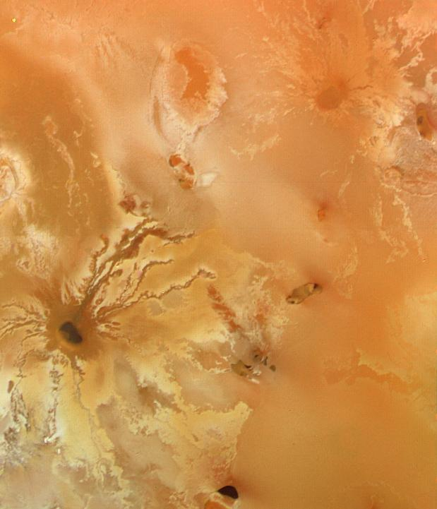 Volcanic_crater_with_radiating_lava_flows_on_Io