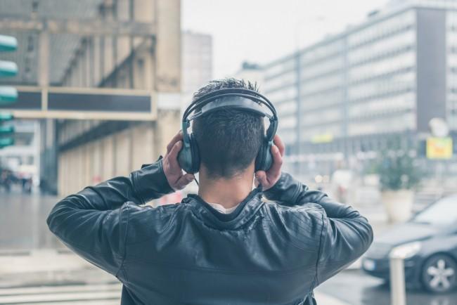 jakoswc-muzyki-flack-streaming