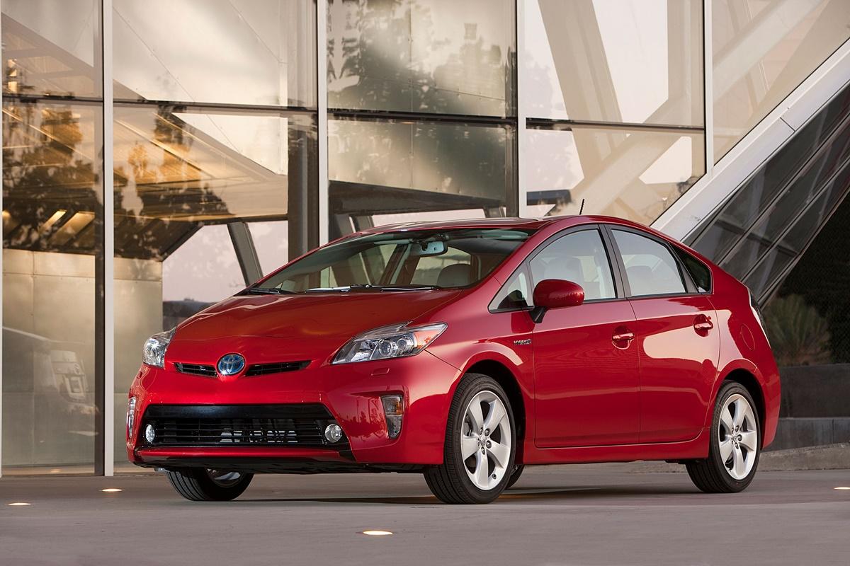 Tak wygląda Toyota Prius IV generacji