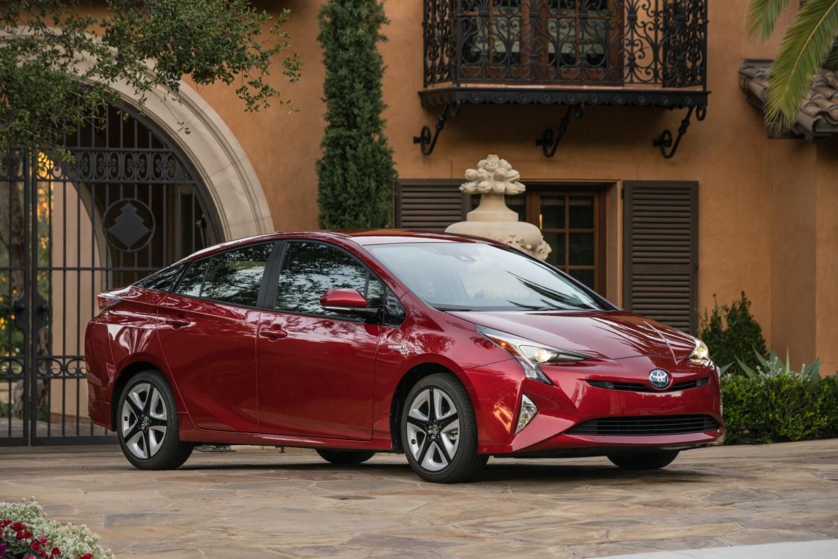 Toyota Prius 2016 jest bardziej dynamiczna od poprzedniczki