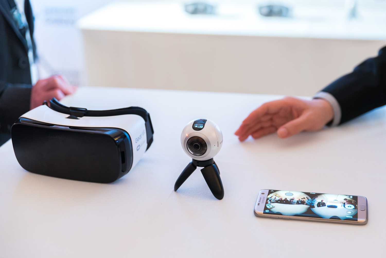 Samsung Gear 360 - kamera 360 stopni