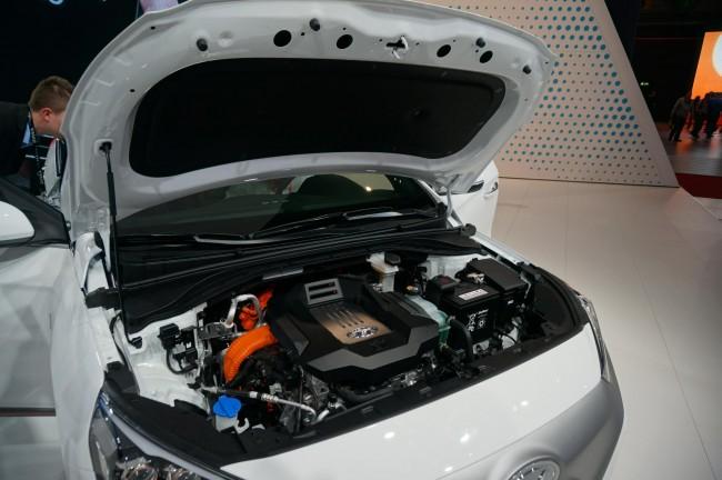 Hyundai IONIQ (6)