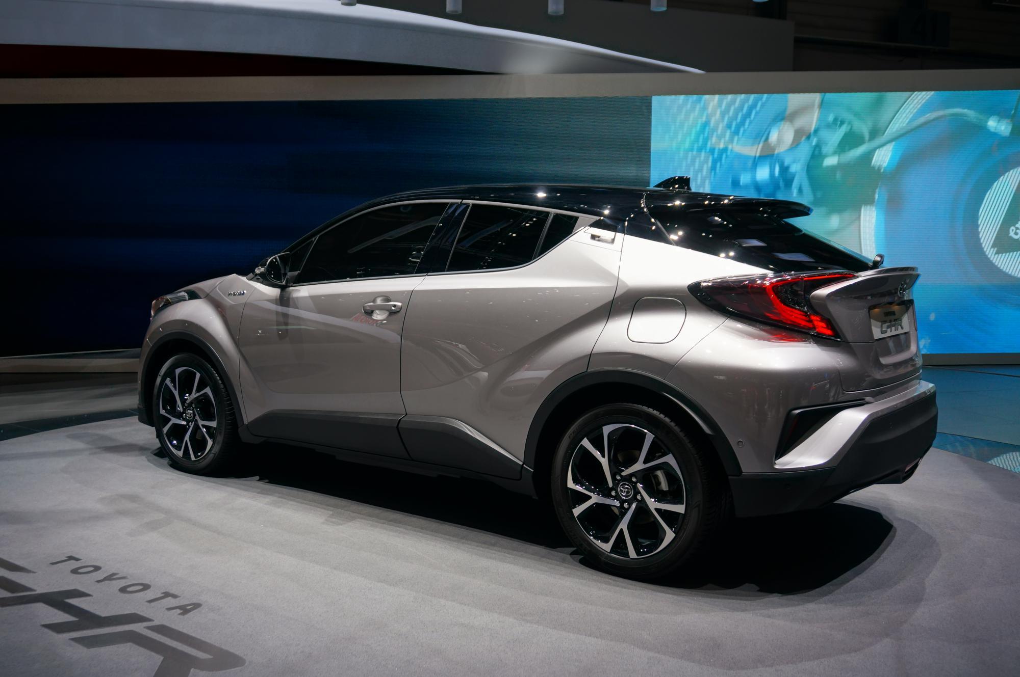 Toyota Ch R Czyli Drapieżny Crossover W Wydaniu Eko