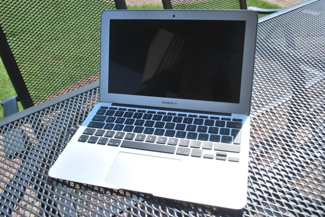 MacBook Air, 11, mid-2013, 9