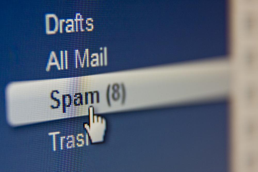 spam skrzynka email