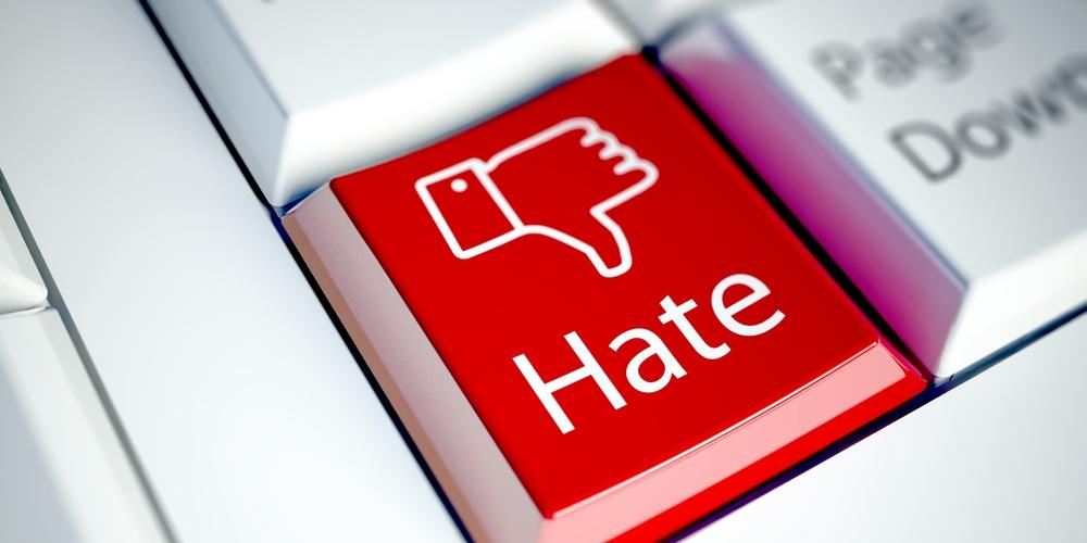 facebook hejt hate kryzys