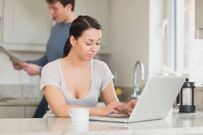 laptop-para-zwiazek-milosc