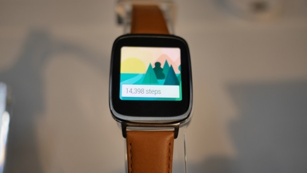 "Asus ZenWatch ""zepsuty"" Android Wear"