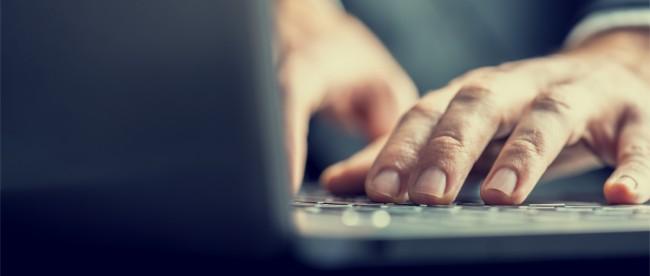 komputer bezpieczenstwo prywatnosc notebook laptop klawiatura