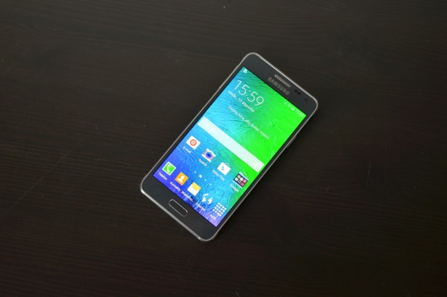 Samsung Galaxy Alpha 013