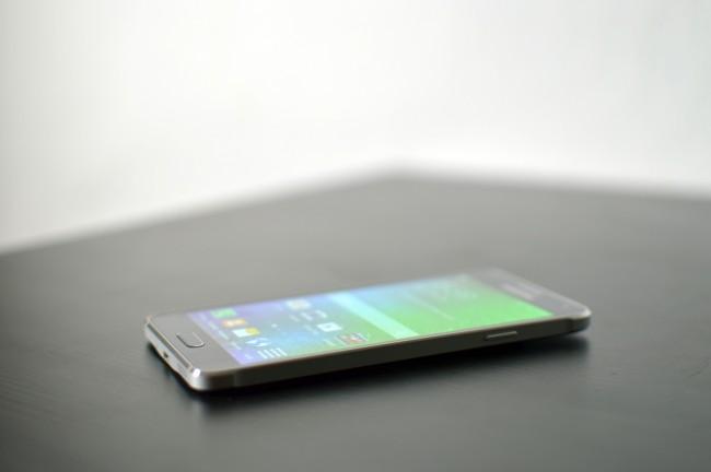 Samsung Galaxy Alpha 014