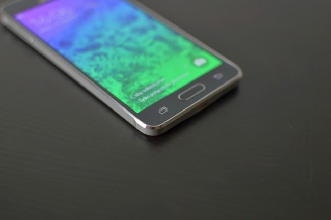 Samsung Galaxy Alpha 022