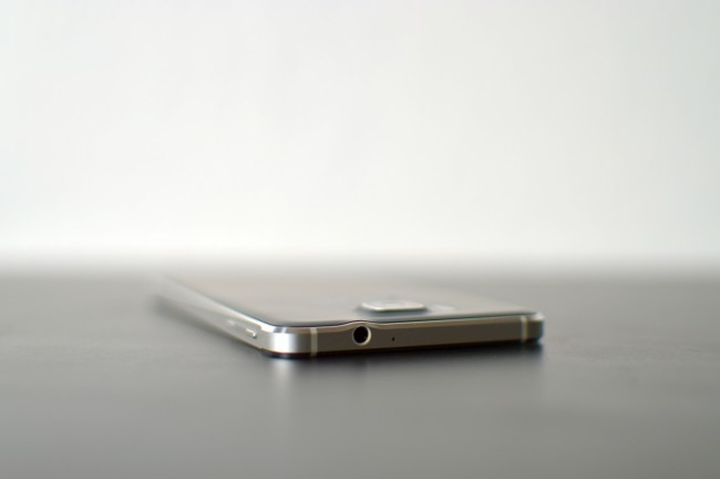 Samsung Galaxy Alpha 027