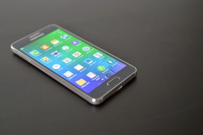 Samsung Galaxy Alpha 030