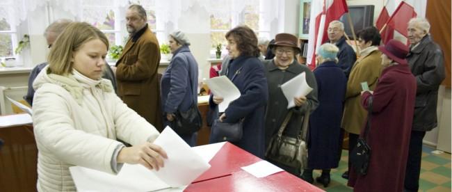 pkw panstwowa komisja wyborcza problemy atak wybory