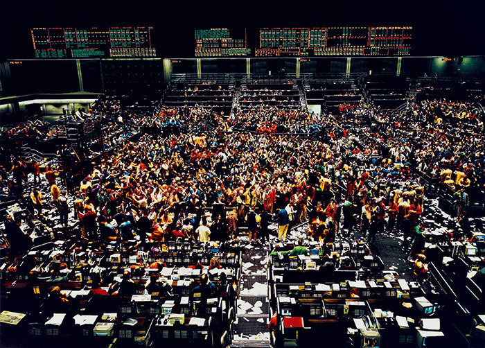"9. Andreas Gursky ""Chicago Board of Trade"" (1997), 2.355.597 dol."
