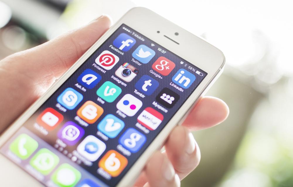 apple-iphone-ios-aplikacje-mobilne
