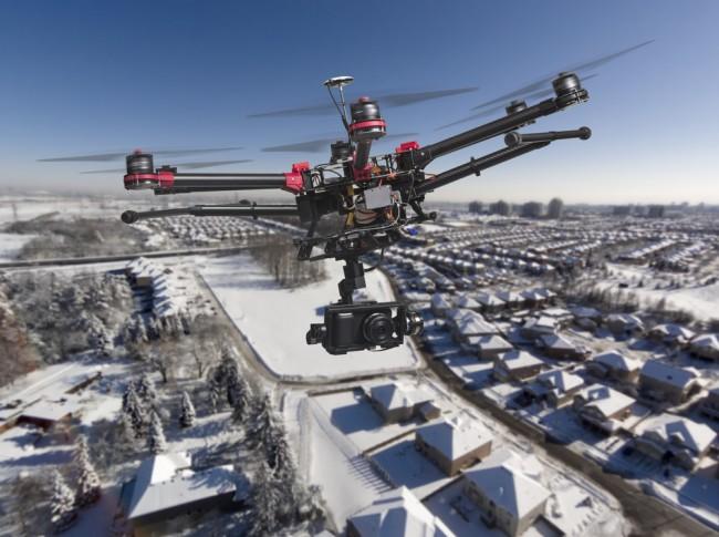 shutterstock_drone_zima