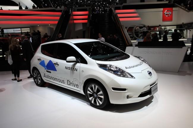 autonomiczny-samochod-robot-maszyna (3)