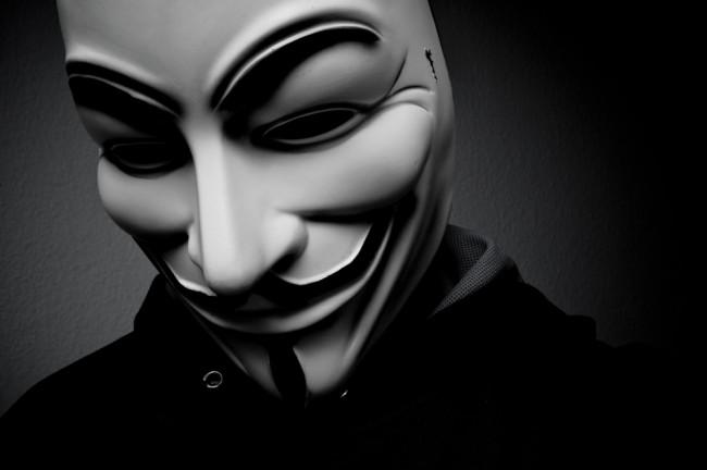 qnonimowy-anonimowi-anonimowosc