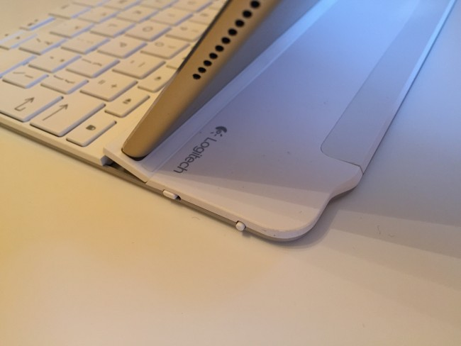 logitech-ultrathin-ipad-air-2-keyboard-5