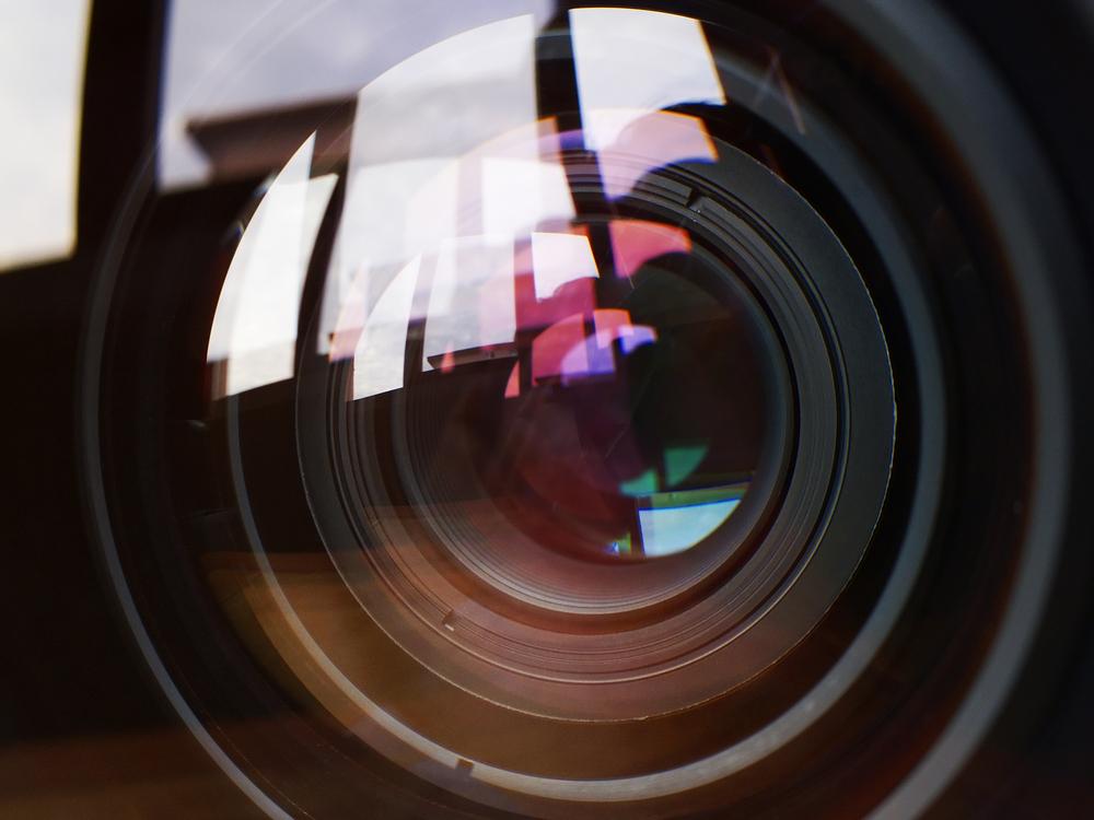 fotografia-foto-lustrzanka-aparat-kamera-obiektyw (1)