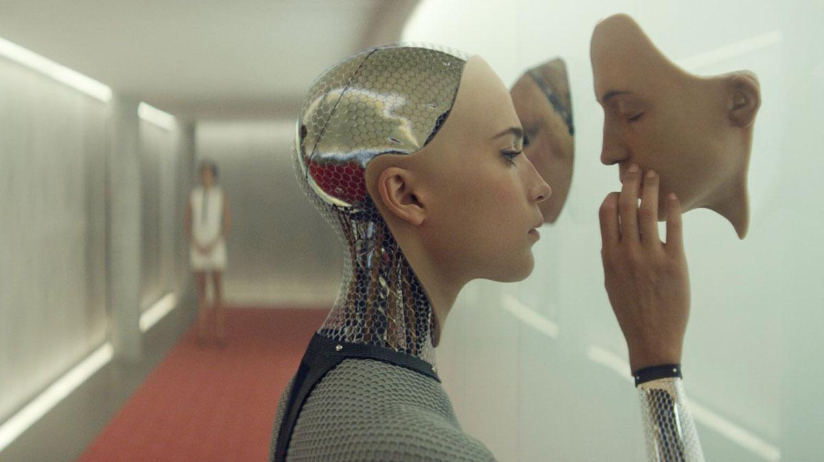 Kadr z filmu Ex-Machina