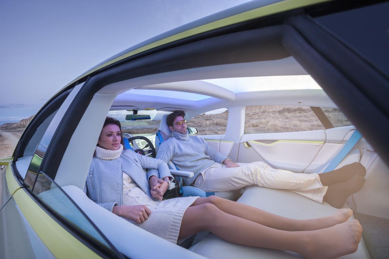 Koncept samojeżdżącego samochodu przyszłości