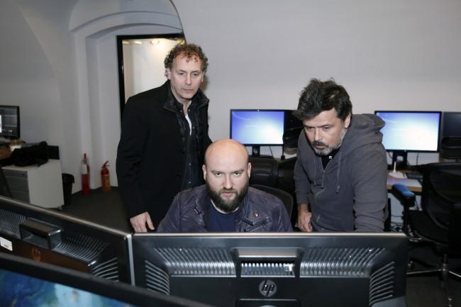 Robin De Levita po lewej, Pior sikora, Rafał Sadowy