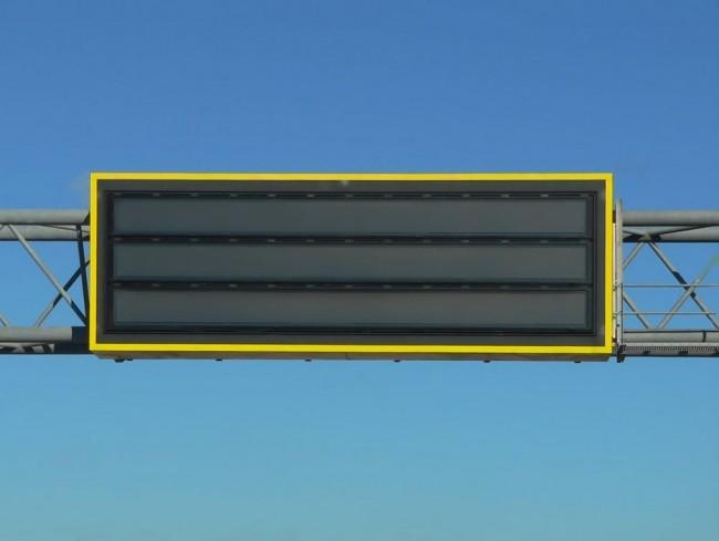 Taka sygnalizacja drogowa może być wykorzystana w Stanach Zjednoczonych do nadania komunikatu Amber Alert
