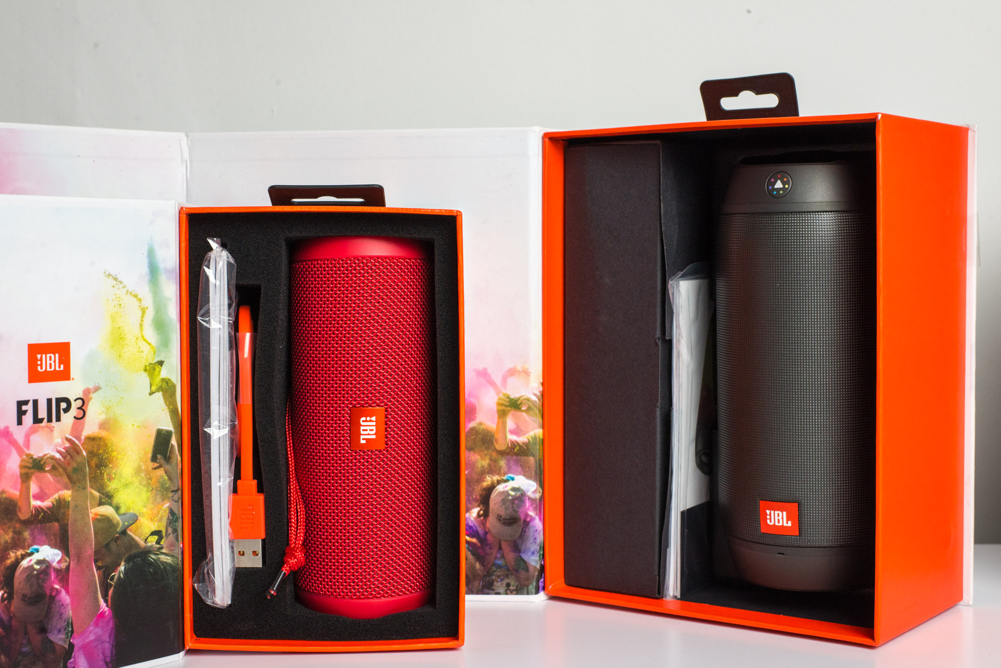 Jbl flip 3 i jbl pulse 2 recenzja spider 39 s web for Housse jbl pulse 3